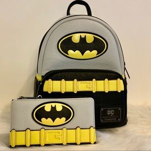 Classic Batman Cosplay Mini Backpack & Wallet NWT
